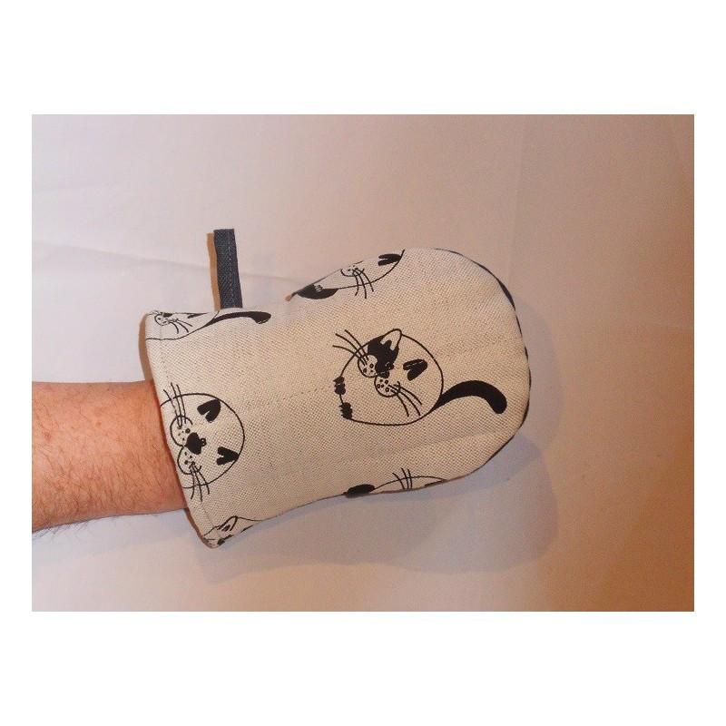 gant pince motif chats ronds