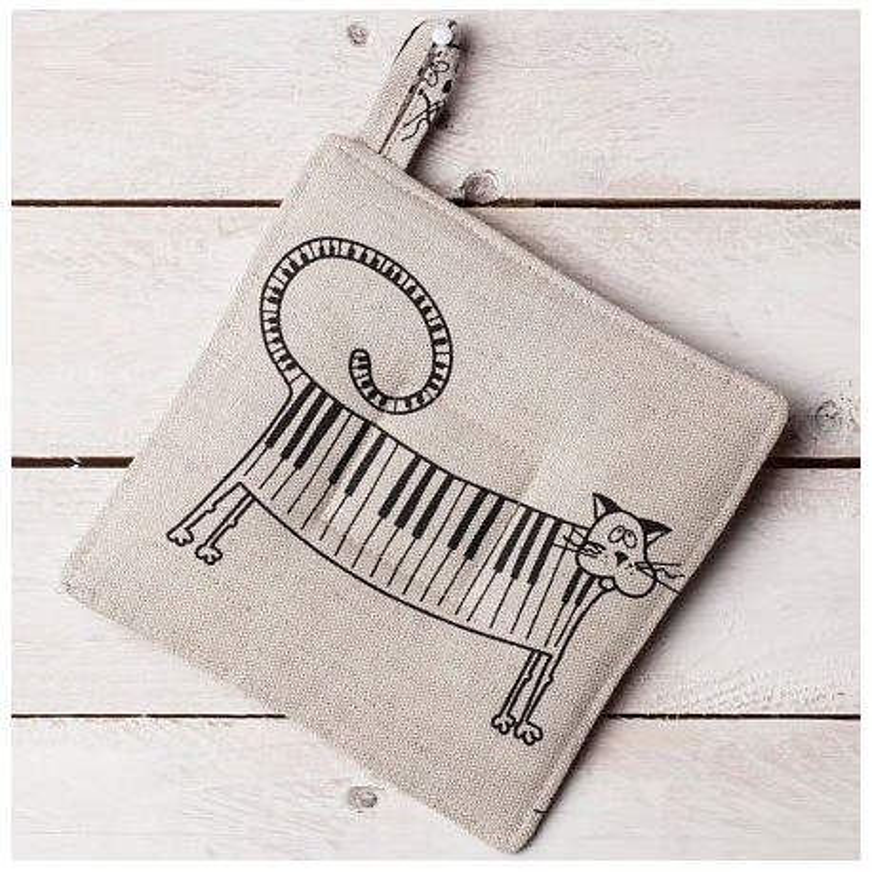 Manique chat piano