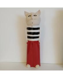 Chat en marinière avec pantalon rouge