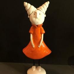 Guenièvre en robe patineuse orange